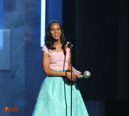 Kerry Washington accepting The President's Award Photo by Jesse Grant