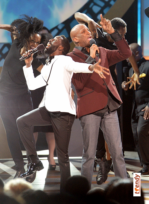 An energetic performance by Tye Tribbett and Donnie McClurkin