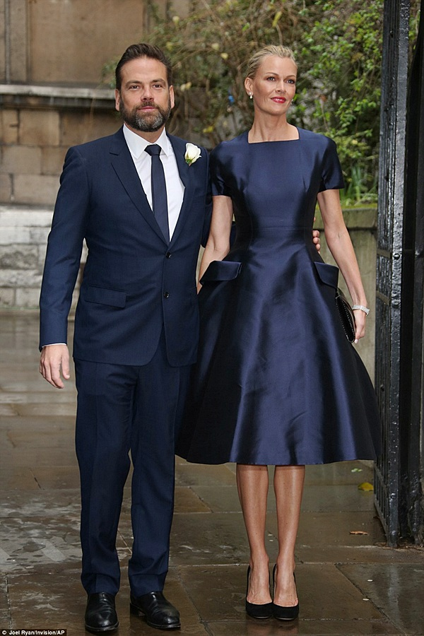 Lachlan Murdoch, executive co-chairman of 21st Century Fox, and his model wife Sarah