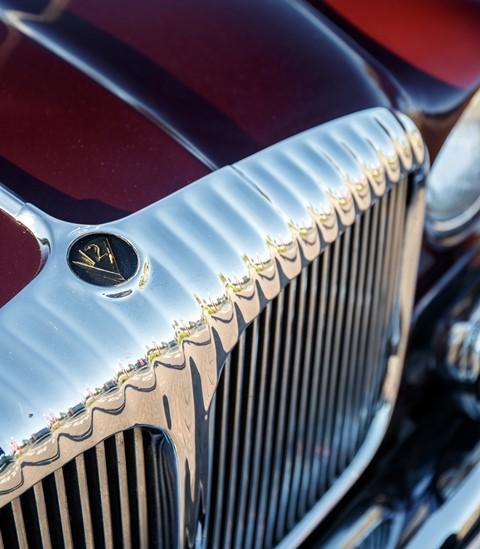 Trendy Jaguar XJ