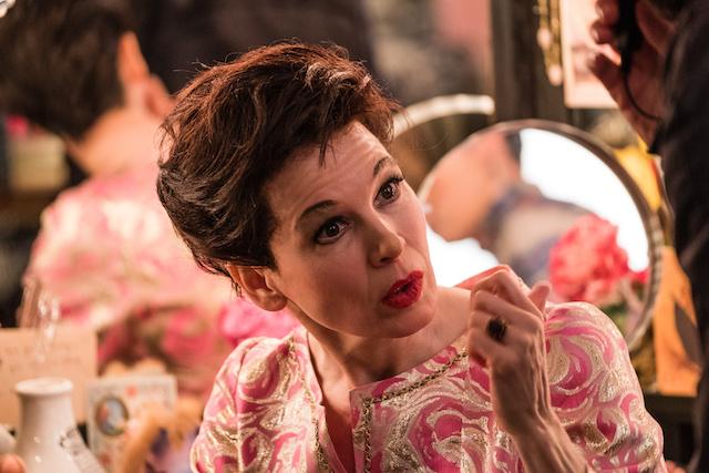 Reneģe Zellweger as Judy Garland  -  Photo credit David Hindley