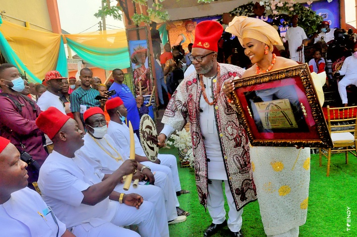 At the Igwe's Palace